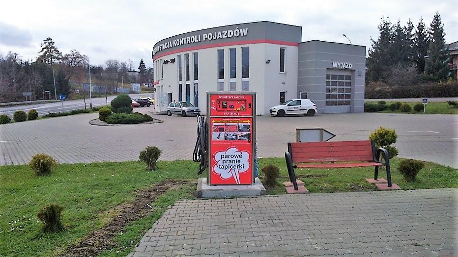 Odkurzacz Self-Service w sąsiedztwie stacji kontroli pojazdów w Przemyślu